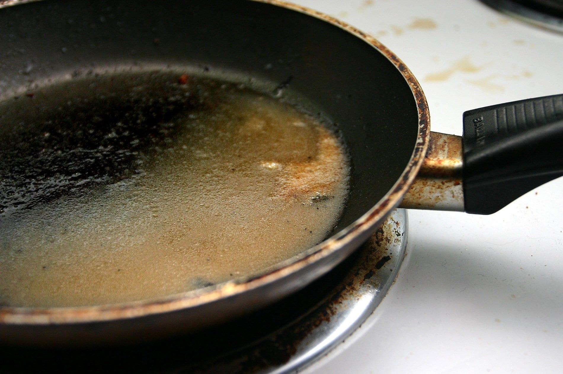 dirty-pan-1524084.jpg